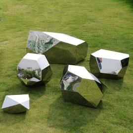 Lawn diamond